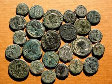 Roman Empire - 25 bronze coins, III-IV centuries A.D. Claudius II, Constantine I and II (2), Constans (5), Decentius, Constantius II (8), Constantius Gallus, Gratian (2), Magnus Maximus and other rulers. (25)