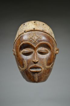 Mask - CHOKWE - Democratic Republic of Congo / Angola