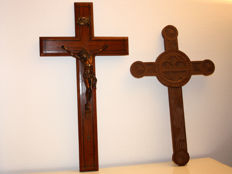 Oak Crucifix with bronze corpus and a hand-carved wooden cross - first half of 20th century