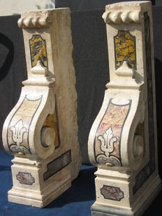 A pair of polychrome marble columns - Italy, 18th C