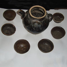 Chinese brown glazed wine pot - 130 mm with six winecups - 68 mm (7)
