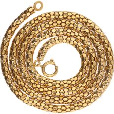 18 kt yellow gold link necklace