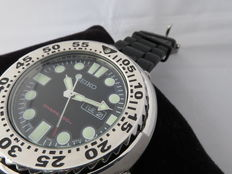 "Seiko ( 7N36 – 0FA0 ) Diver's 200m ( ""SAWTOOTH"" ) – Men's watch 21st century"