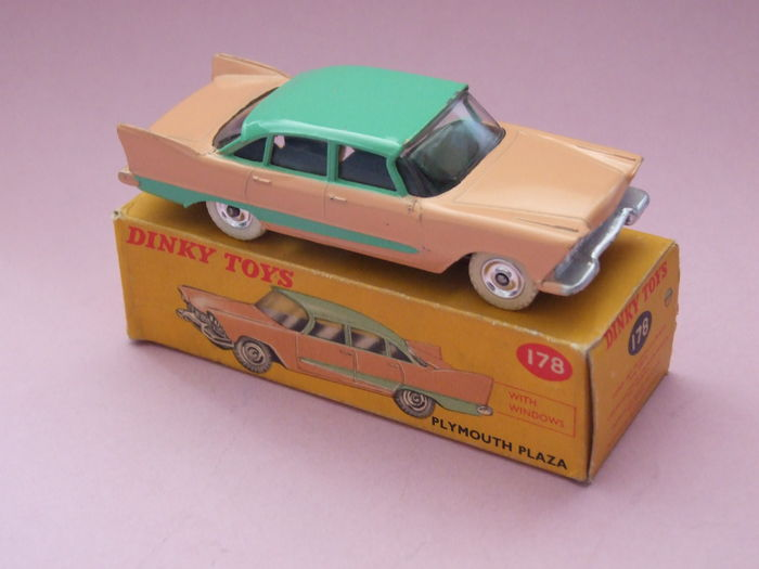 Dinky Toys - Scale 1/43 - Plymouth Plaza No.178 - Catawiki