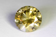 Diamond – 1.66 ct – Fancy Greenish Yellow – SI2 – no reserve price