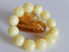 Opaque, white butter colour Baltic amber bracelet, 33 gram