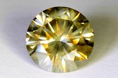 Diamond – 2.01 ct – Fancy Greenish Yellow – No reserve