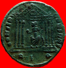 Roman Empire - Maxentius (306-312) bronze follis (4,27 g. 24 mm.), from Rome mint, AD 307-308. CONSERV VRB SVAE, Roma seated in temple.