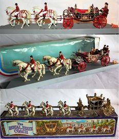 Corgi Toys/Crescent - Scale 1/40 - Lot with 3 Royal carriages Gift sets