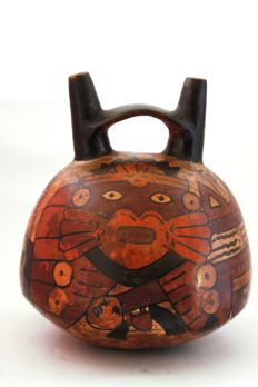 Pre-Columbian polychrome pottery jar with double spout and bridge - height 15 cm
