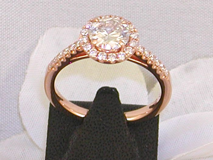18 kt rose gold ring with a diamond solitaire, 1.08 ct – size 53