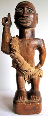 A fine and Old Nkisi Nkonde power figure - Yombe - D.R.C.