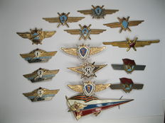 Soviet badge badges medal CCCP Russian air force pilot navigator tank etc