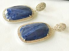 Gold & silver earrings with diamonds & sapphire No reserve price.