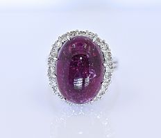 purple Tourmaline and Diamonds ring - No reserve price!
