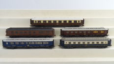 Liliput/Rivarossi H0 - 26600/26000/3628 - 5 piece carriage set for the international train of Pullman