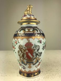 Samson - armorial lidded vase crowned with dog