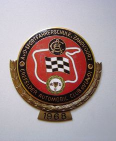 Car Club Grille badge - Crevelder Automobil Club Zandvoort with laurel wreath