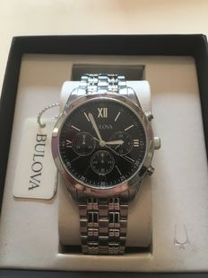 Bulova Chronograph – Men's wristwatch.