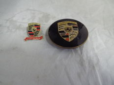 PORSCHE 356 B / C GENUINF HUBCAP BADGE / EMBLEM RARE Porsche 15 Le Mans Wins 1970-1998 Metal Enamel Badge Motor Racing Classic Car