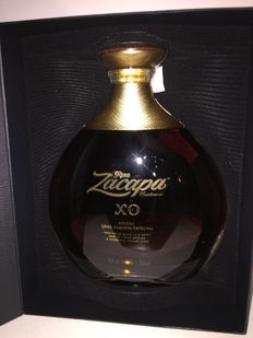 "Ron Zacapa Centenario XO - 70cl 40° - ""Aged at high altitude"""