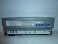 LS Models H0 - 42003 - SNCB/NMBS Baggage carriage DMS Gris