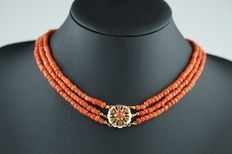 Old Dutch 3-strand red coral necklace with with 14 kt gold clasp.