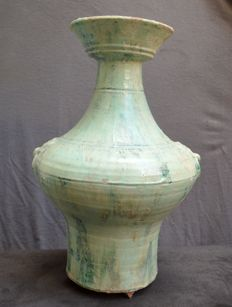 Beautiful large vase with two Taotie masks in relief: Height: 41.3 cm.