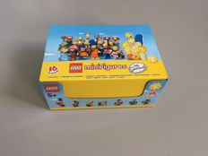 Collectible Mini figures - 71009 - The Simpsons Series 2 - Complete box of 60 bags