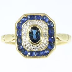 Octagonal diamond and sapphire gold ring