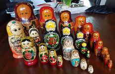 Authentic 29 babouska dolls including 5 matrouskas, 1 x XXXXL.