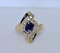 Sapphire and Diamonds cluster ring - No reserve price!