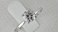 0.70  ct round diamond ring in white gold *** No reserve price ***