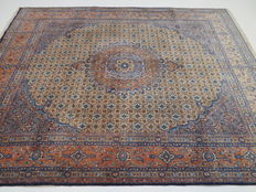 Dreamy nice Persian rug, Moud/Iran, 250 x 200 cm, TOP CONDITION, late 20th century.