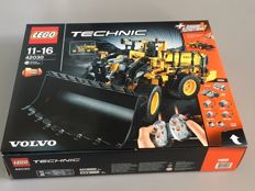 Technic - 42030 - Volvo L350F Wheel Loader