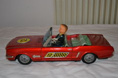 Yonezawa, Japan - L. 33 cm - Ford Mustang tin toy, with battery, 1960s.