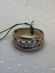 Yellow and white gold cocktail ring