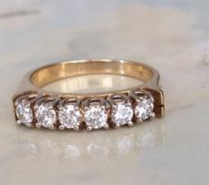 Yellow gold 18 kt diamond ring with 0.65 ct of brilliant cut diamonds, H/VS – Ring size: 16.50 mm