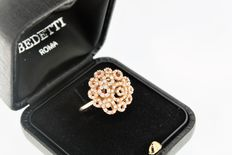 'Fantasia' (Fantasy) ring – 18 kt rose gold, with brilliant cut diamonds totalling 0.66 ct