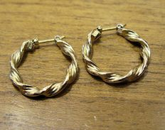 Creole earrings in 18 kt yellow gold – diameter: 21.9 mm