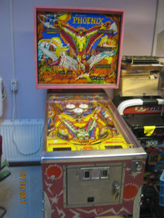 Collectors Item:Original Williams Pinball complete restored type Phoenix from 1978