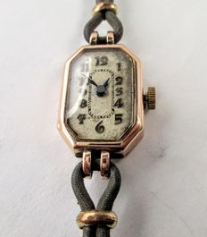 Art Deco 1930's - Hallmarked Solid Gold 9K Case & Fitting Rolled Gold Bracelet - Lady's Timepiece  *** NO RESERVE PRICE ***