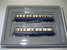 "Märklin H0 - 2861 - 2 ""Kaiser Wilhelm II"" court train carriages of the KPEV, Part 1"