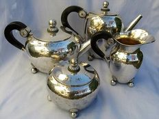 4-piece Art Deco coffee set in silver 800, Ricci Silversmith - weight 1858 g - Italy - 1935-1950