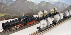 Märklin H0 - 3003/4511/4911 - Steam locomotive with tender BR 24 wit 5 silo carriages of the DB