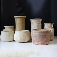 Collection Western Asiatic, Bactrian, Egyptian and Canaanite Alabaster Vessels - 11cm-21cm (7x)