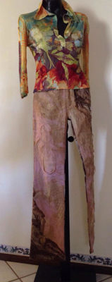 Roberto Cavalli - Cotton and silk trousers, with abstract-pattern jumper - Size: XS / 44 (IT).