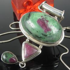 Silver  zoisite Ruby XL pendant on necklace handmade - 70s