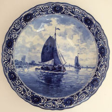 Porceleyne Fles - Large plate with Dutch water feature and boats.