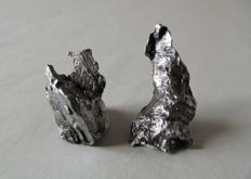 2 iron meteorites - sculptures , Campo del Cielo, 40 x 19mm, 29 x 17mm -  17,70g., 26,32g.